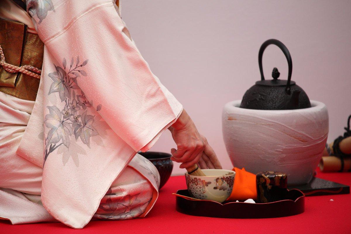 Maestra ceremonia del té