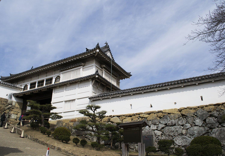 Puerta Hishi Castillo de Himeji