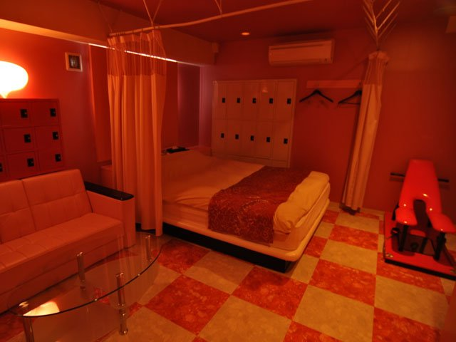 Habitación hospital de un Love Hotel en Japón