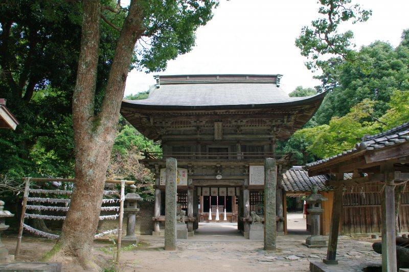 Santuario Sakurai en Itoshima