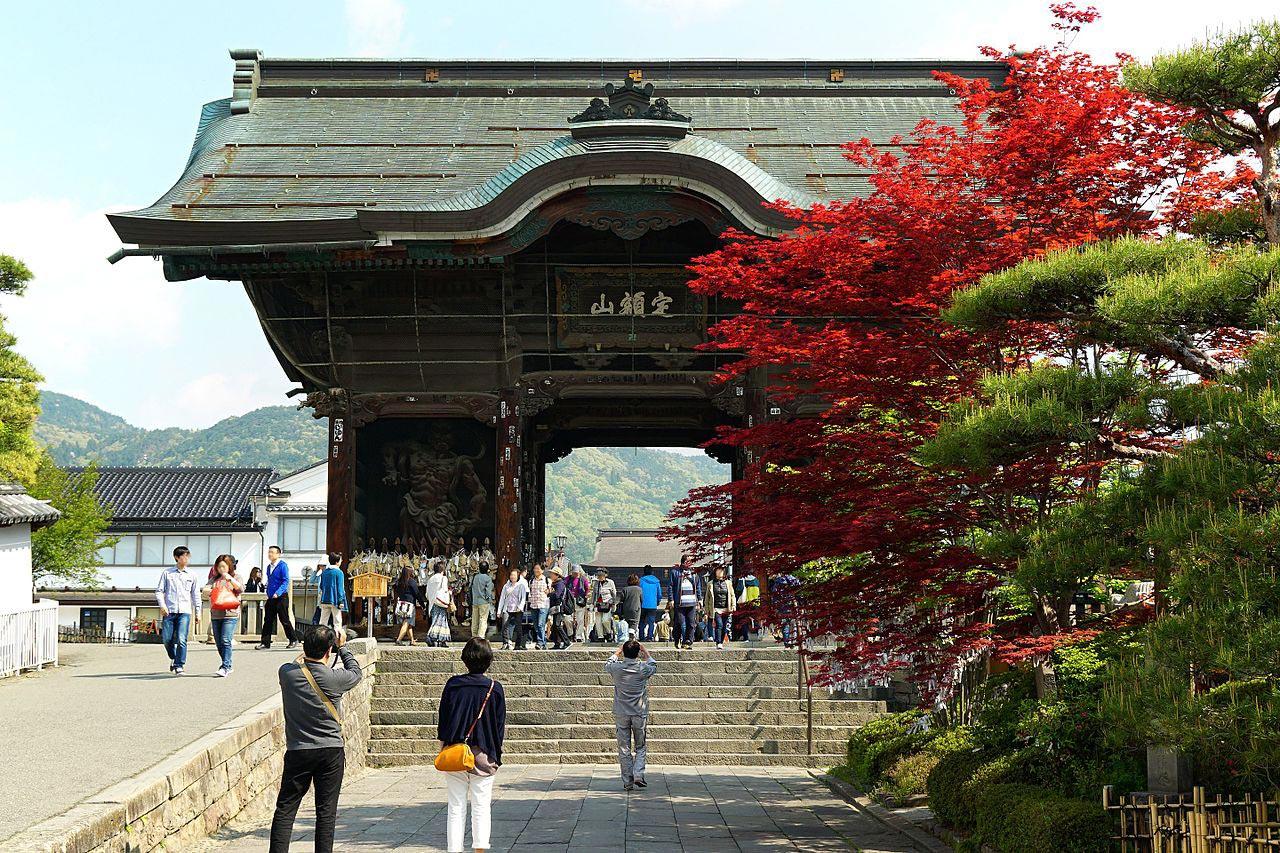 Puerta Zenko-ji, Nagano